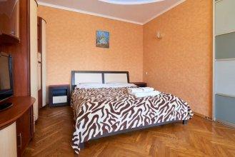 Апартаменты Home-Hotel, ул. Малая Житомирская, 10-2