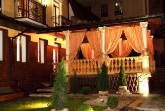Отель «Золотая корона»