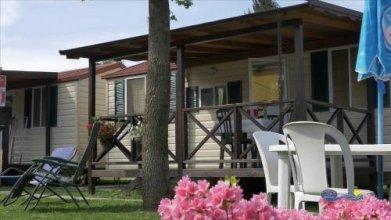 Camping Village Parisi