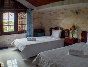 DK's Hostel