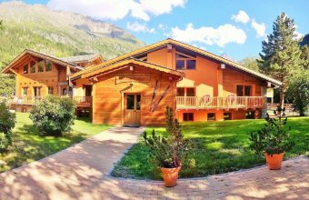 Chalet Alpina Hotel & Apartments