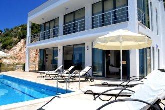 Villa My