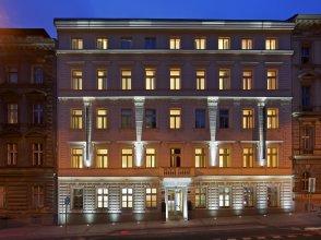 Отель Red & Blue design