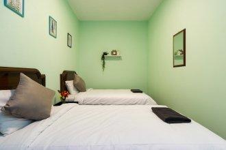 Cozy 4-bedroom in Brickfields, KL