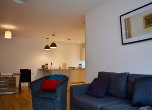 Modern and Stylish 2 Bedroom Apartment in Manchester