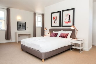 Luxurious and Spacious 3 Bed in Battersea