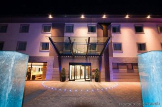 Winter Garden Hotel - Bergamo Airport