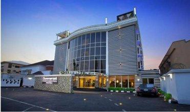 Summerset Continental Hotel Asokoro