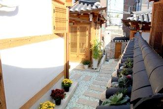 Hanok 24 Guesthouse Gyeongbokgung