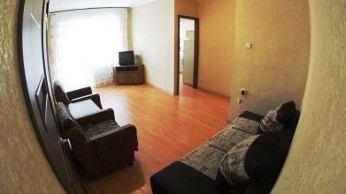 On Day Na Uritskogo 32 Apartments