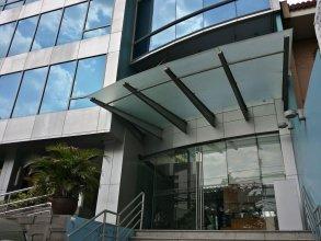 LPI Centre Residences