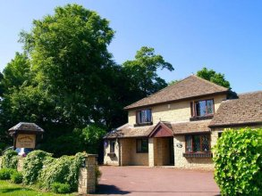 Cotswold House - Guest House