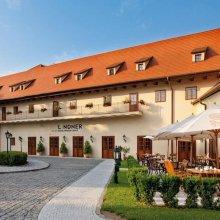 Lindner Hotel Prague Castle