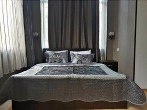 4-комнатные апартаменты делюкс в центре Тбилиси