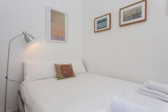 1 Bedroom Apartment In Fitzrovia Sleeps 4