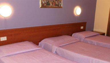 Hotel Loris