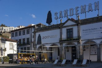 The House of Sandeman Hostel & Suites