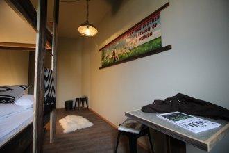 Gspusi Bar Hostel