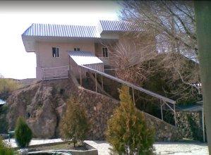 Отель Khosrov