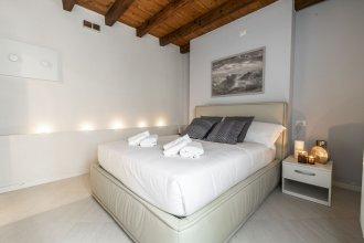 Venetian Exclusive Apartment R&R