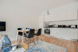 Beautiful Apartment on Iconic 28 Tram Line