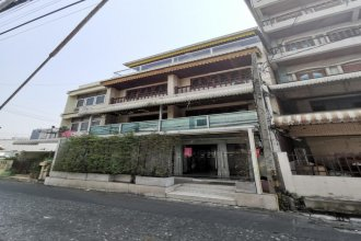 OYO 822 Thai Sabai Hotel