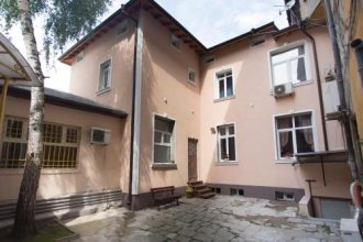 Garibaldi Guest House