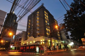 Bobsons Hostel Bangkok
