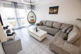 Art Apartment Near Mamila best Location 1