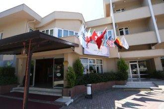 SekaPark Hotel