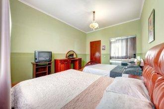 Apartments on Klovs'kyi
