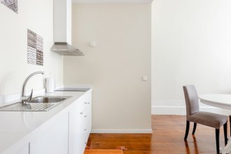 Nada01 · Cute and Simple Apartment in the Historic District
