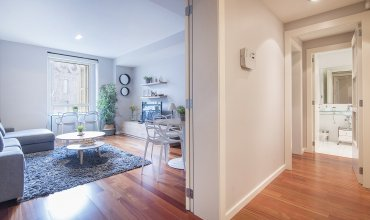 Modern apartment in the city center, ideal for small groups B251