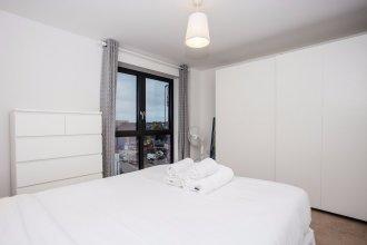 2 Bedroom Flat in West London