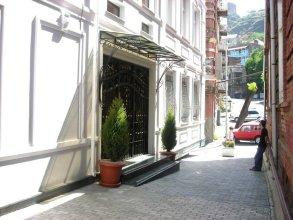 Sharden Hotel