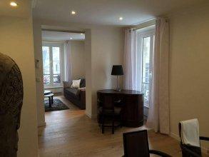 Bellechasse Suite Apartment
