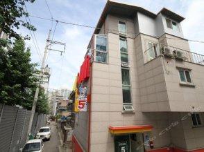 Pencil 5 Seoul Hostel in Korea