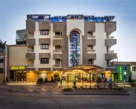 Hotel Ayenda American Golf 1320