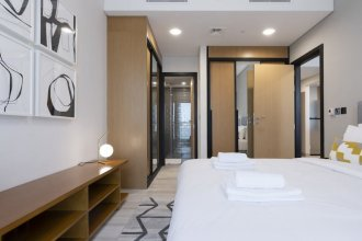 Lavish 1BR Apartment in Arjan Privà Living