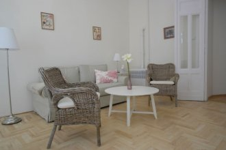 Budget Apartment by Hi5 - Veres Pálné