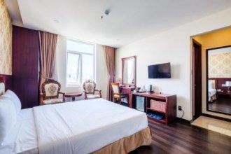 OYO 128 Avy Hotel
