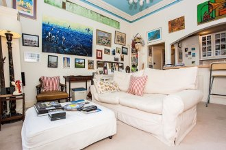 Fantastic 1Bed Apartment with Private Garden