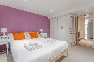 1 Bedroom Camden Apartment With Patio