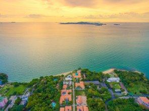 Private Beach Majestic Pool Villa Pattaya