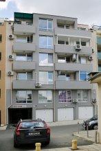 Sea Garden Apartment