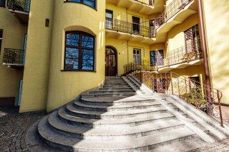 Magic Apartments