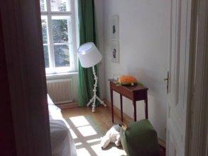Apartments Am Brahmsplatz