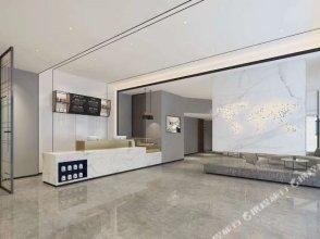 7 Days Inn Premium(Beijing South Gate of Communication University  and Shuangqiao Metro Station)