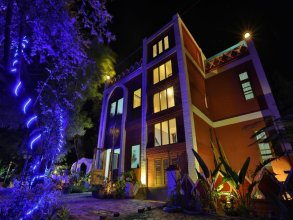 Bagan Empress Hotel
