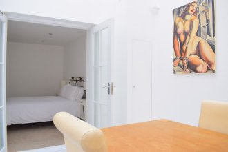 Grand, Luxurious 2 Bed in Angel